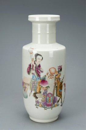 Chinese Famille Rose Painted Rouleau Vase