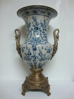 """Large Blue & Wht Porcelain Vase 22"""" Swan Handel"""