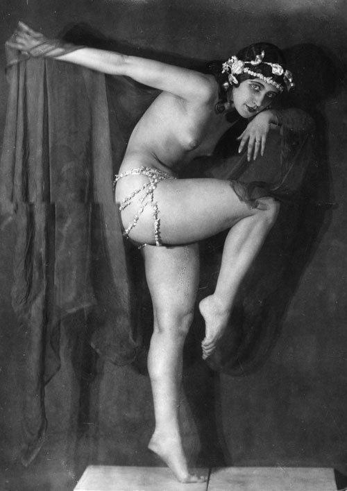 Nude Female Dancers In Leotardsporn 66