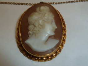 Vintage Cameo On 14kt Link Chain