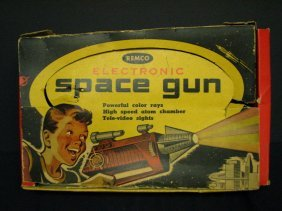 REMCO ELECTRONIC SPACE GUN IN BOX Dealer Display