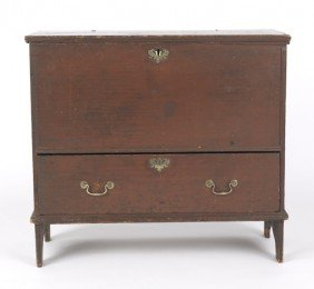 New England Queen Anne Blanket Chest, Ca. 1760,