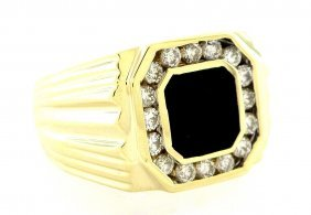 Estate 14k Yellow Gold Mens Black Onyx Diamond Ring