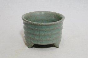 Chinese Celadon Crackle Porcelain Tripod Incense Burner