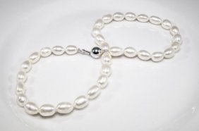 Cultured Pearl Necklace With White Stones