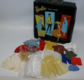 Vintage 1961 Barbie Doll Carring Case With 16-piece Lot