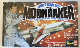 Vintage 1979 Revell James Bond 007 Moonraker Space