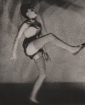 Blumenfeld, Erwin - Can-can Dancer