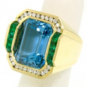 18k Yellow Gold Krypell Bezel Blue Topaz Channel