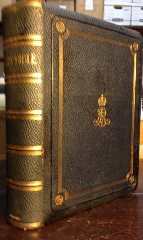(c1910) The Holy Bible Containing The Old And New