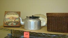 Shelf-vintage Alum Kettle & Moe