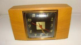 Vintage G.e. Clock Model 3h176
