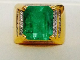 Colombian Emerald And Diamond Ring Retail Value $41,500