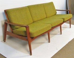 arne wahl iversen danish modern teak sofa lot 713. Black Bedroom Furniture Sets. Home Design Ideas