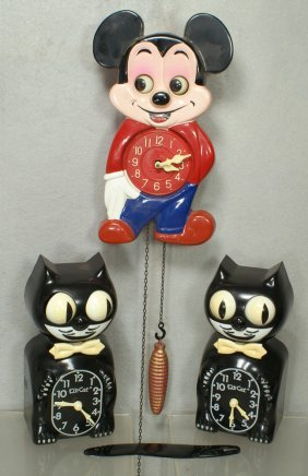 318 Mi Ken Mickey Mouse Cuckoo Clock Moving Eyes Wit