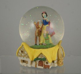 Snow White And The Seven Dwarfs Musical Snow Glob