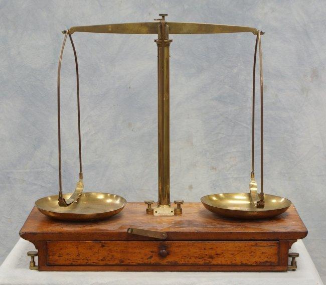 pan balance scale - photo #23
