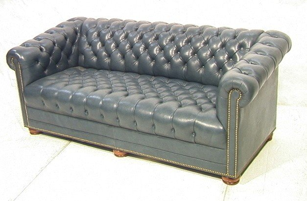 268 Hancock And Moore Leather Chesterfield Sofa Couch
