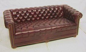 Leathercraft Chesterfield Tufted Sofa Couch.  Bur