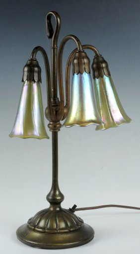Sgd Tiffany Studios 3 Light Lily Lamp Base W Shade