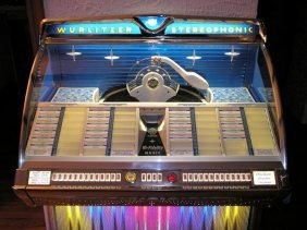 Vintage C1959 Jukebox By Wurlitzer 200 Records, Model