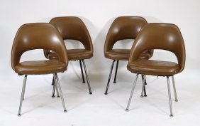 4 Knoll Executive Chairs By Eero Saarinen