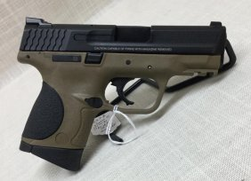 Smith & Wesson M & P 9 Compact In Fde 9mm With 2 Mags