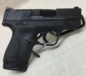 Smith & Wesson M&p Shield .40 S&w With Saftey