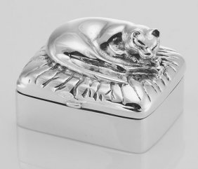 Vintage Style Napping Cat Sterling Silver Pillbox