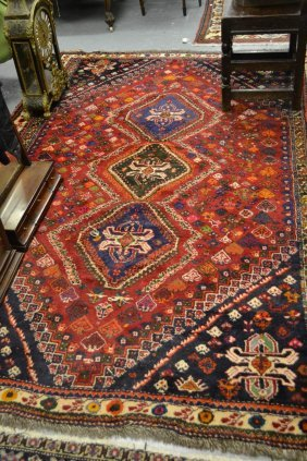 Shiraz Rug With Triple Medallion On A Red Ground With