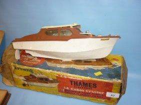 Triang Clockwork 14in Thames Cabin Cruiser In Original