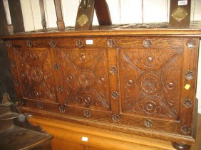 Late 19th Or Early 20th Century Carved Oak Three Panel