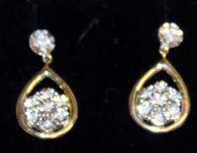 796. A Nice Pair Of 9ct Gold And Diamond Drop