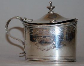 927. A George Iii Oval Mustard Pot With Sapphire Blue