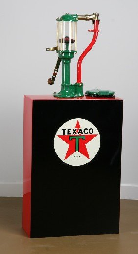 49 Vintage Texaco Hand Cranked Oil Dispenser Lot 49