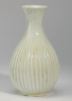 Chinese Porcelain 'lotus Blssom' Vase