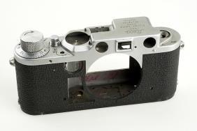 Leica: IIIc  Cut-away