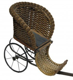 CHILD'S WICKER STROLLER
