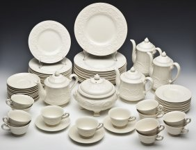 66 Pc Wedgwood Patrician Service For 12