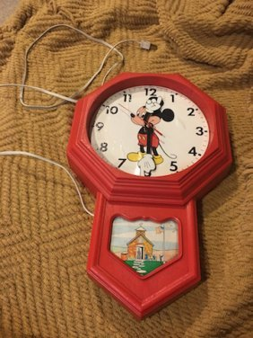 Vintage Disney Mickey Mouse Electric Wall Clock Welby