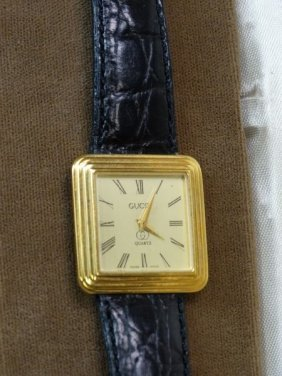 Vintage Gucci Watch W/ Leather Band