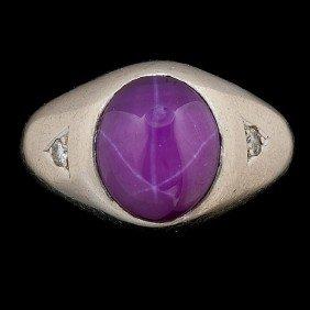Gentleman's Star Sapphire Ring.�