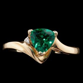 Synthetic Emerald And Diamond Ring�