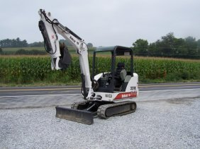Bobcat 334 Mini Excavator as well Excavator Screen Buckets moreover 251333935473 together with 322364416119 moreover Digger and excavator buckets. on bobcat 331e excavator