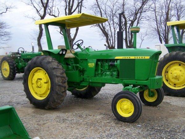 121  John Deere 4020 Diesel Antique Farm Tractor   Lot 121