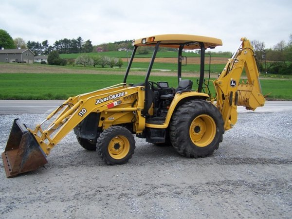 John Deere 110 Backhoe : John deere tractor loader backhoe lot