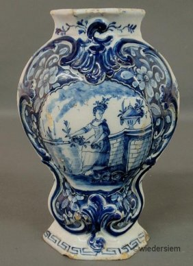 Dutch Delft Blue And White Garniture, 18th C. 10.5�