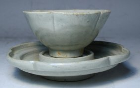 Chinese Porcelain Cup & Dish Song Dyn