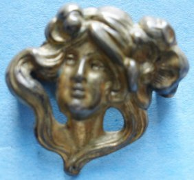 Art Nouveau Lady Brooch Pin