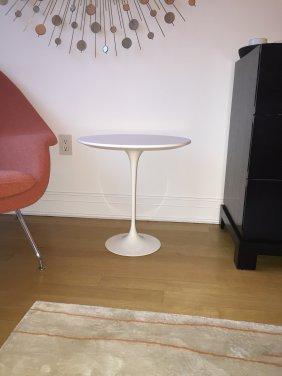 Saarinen Tulip Table